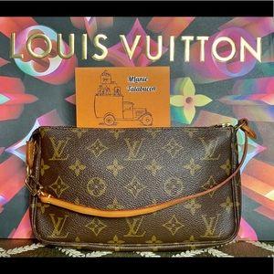 💯Auth Louis Vuitton Pochette Accessoires Old Mod